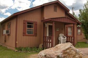 Black Hills Cabins & Motel at Quail's Crossing