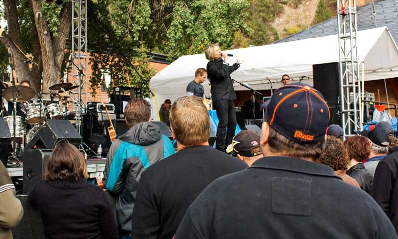 Musicians playing at the Deadwood Jam in the Black Hills