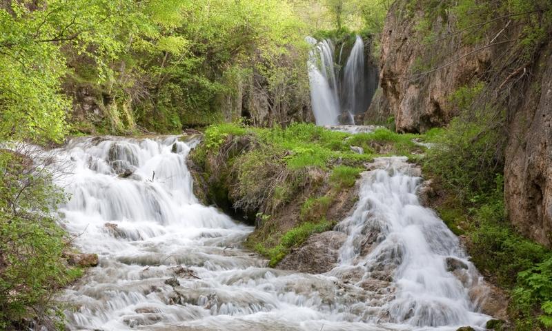 Lower Roughlock Falls